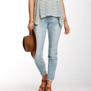 Seven7 Tummy-Less Skinny Stretch Jeans